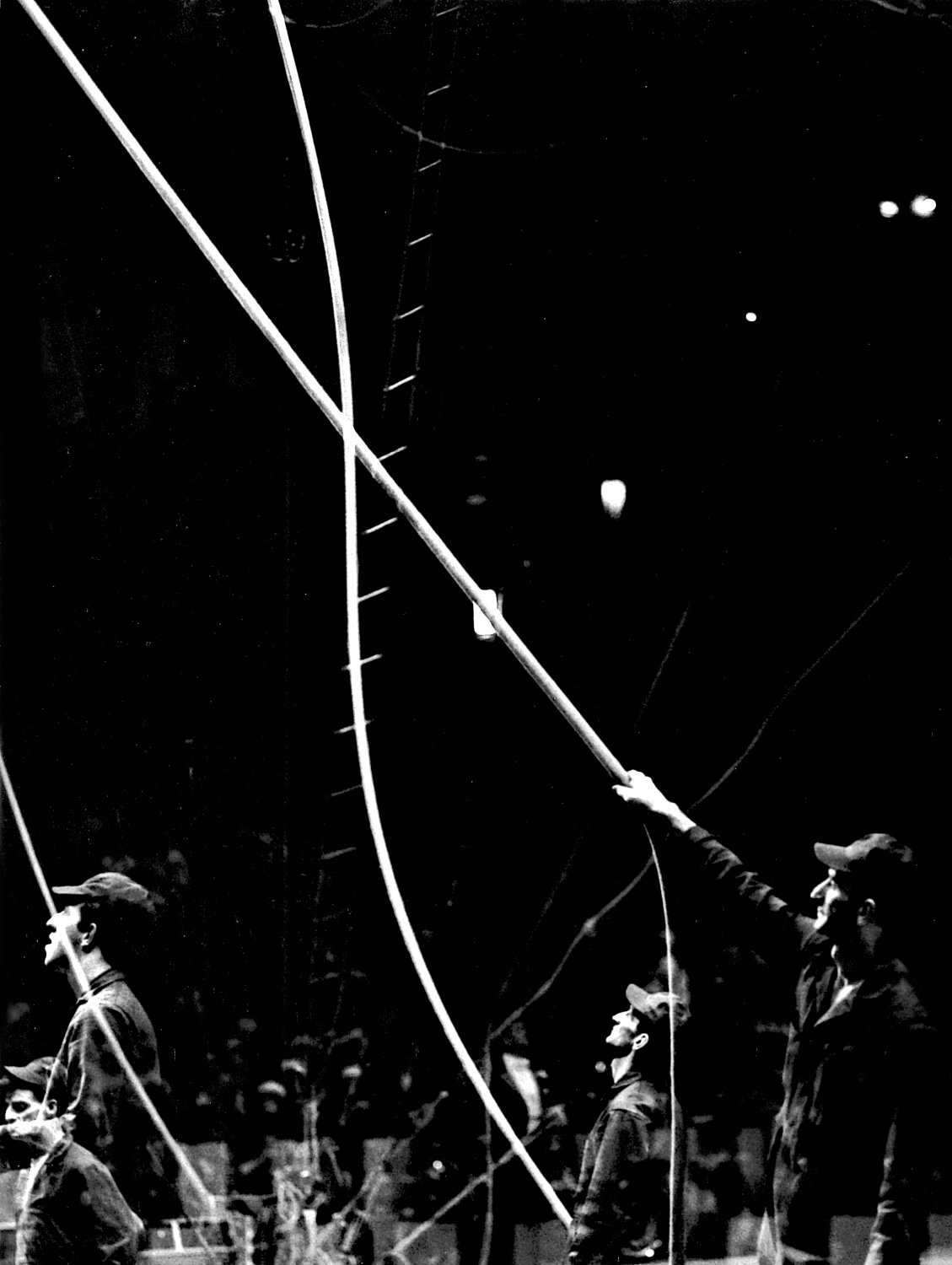 - The riggers working in the background, making sure that all the ropes and wires are in the proper places. - Leo Stashin. Circus, Ringling Bros. Barnum and Bailey, Madison Square Garden, tightrope, trapeze. Alzana, black and white - Tony Karp, design, art, photography, techno-impressionist, techno-impressionism, aerial photography , drone , drones , dji , mavic pro , video , 3D printing - Books -