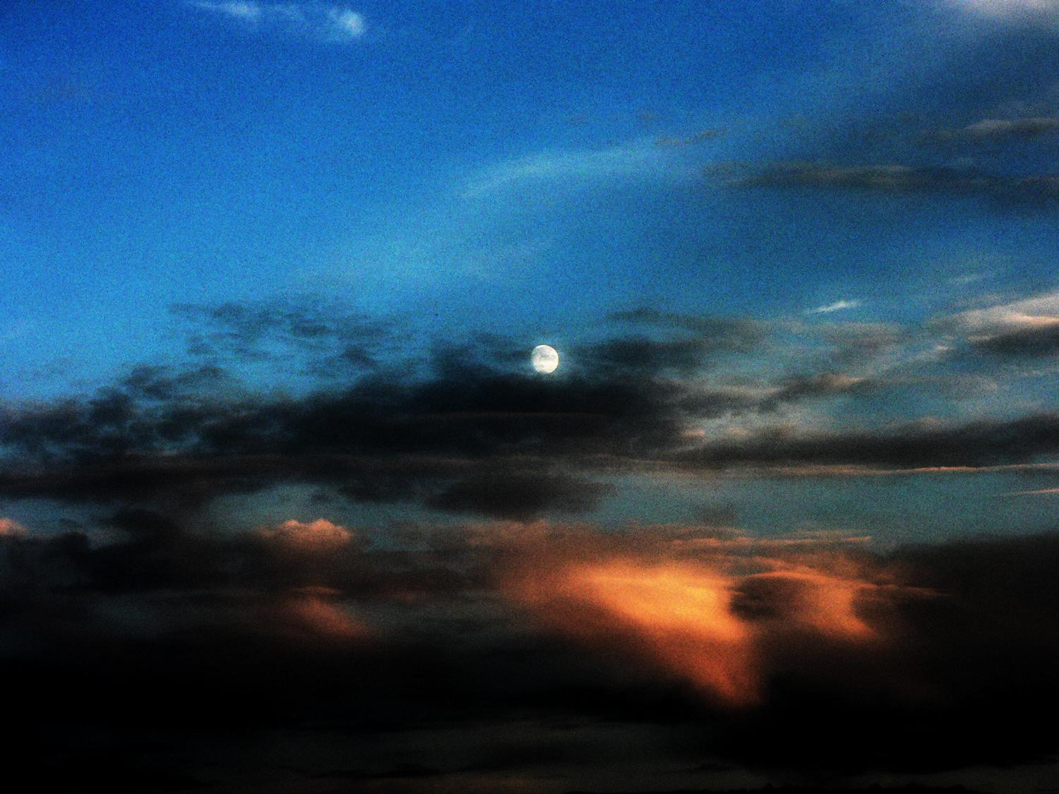 Moon against orange clouds - A tribute to the Apollo 11 astronauts - Tony Karp, design, art, photography, techno-impressionist, techno-impressionism, aerial photography , drone , drones , dji , mavic pro , video , 3D printing - Books -