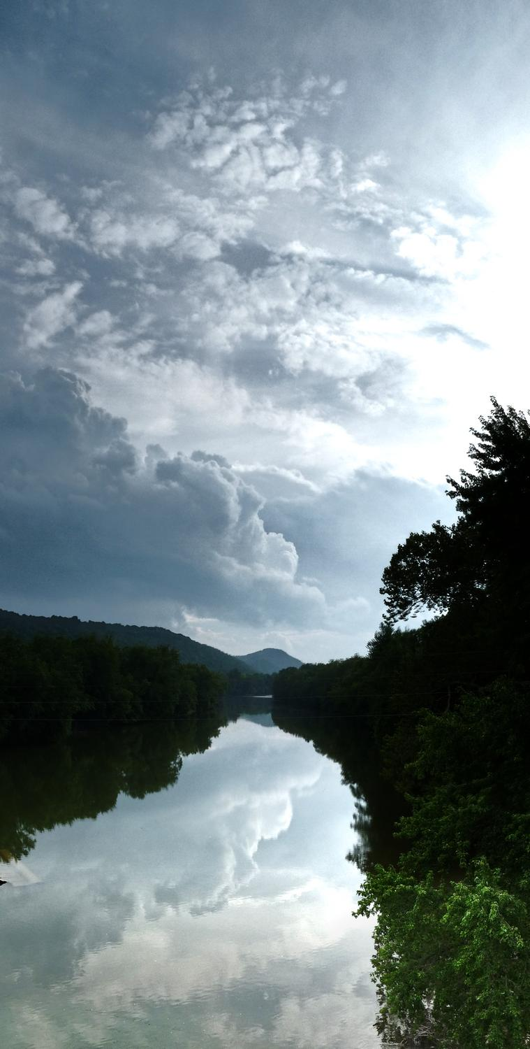 vertical panorama of a scene on the Shenandoah River - On the way back, we crossed the Shenandoah River. I pulled the car off on the side of the road and we walked back onto the bridge to see this view that most people see at 60mph. - Berryville Virginia - Panasonic DMC-FZ28 - Tony Karp, design, art, photography, techno-impressionist, techno-impressionism, aerial photography , drone , drones , dji , mavic pro , video , 3D printing - Books -